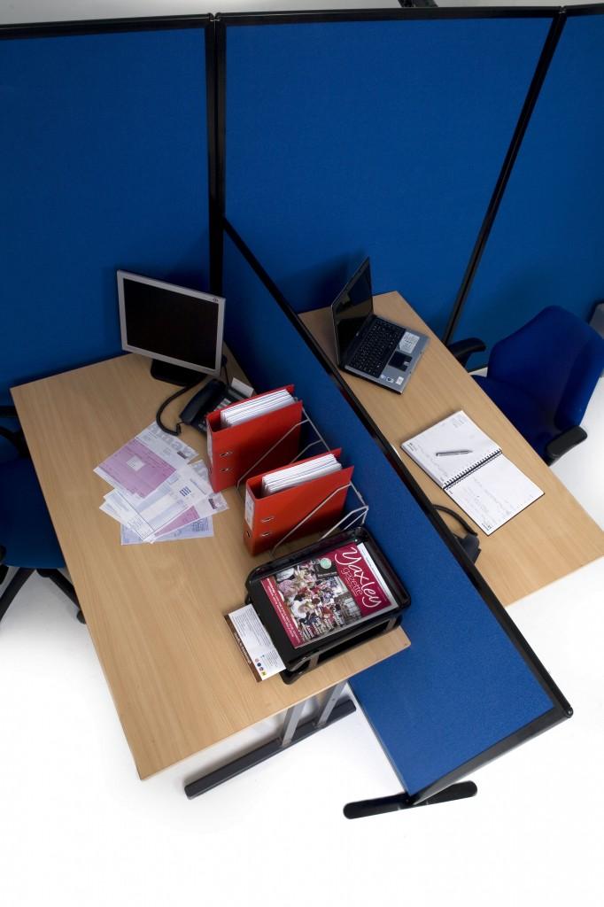 Economy Office Screens